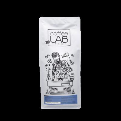 Kawa ziarnista w białym opakowaniu Brazil Santos Brazylia CoffeeLab z warszawskiej palarni kawy. Najlepsza do ekspresu